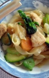 Quick &amp; Easy: Chicken Lo Mein