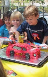 How to Make a Lightning McQueen Cake, Part I (Recipe: Chocolate Chip Cake)