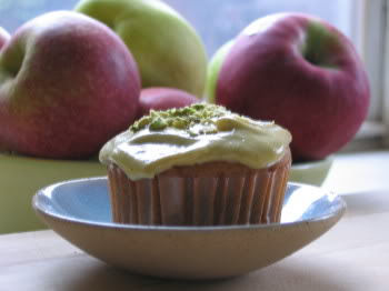 Sugar High Friday: Pistachio-Apple Cupcakes