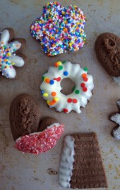 Last-Minute Christmas Cookie: Chocolate-Mint Spritz