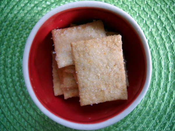 Easy Snack for the Class: Homemade Wheat Thins