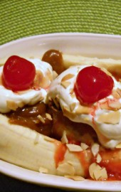 Banana Split with Friendly's Peanut Butter Sauce