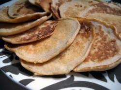 Apple-Cinnamon Whole Wheat Pancakes