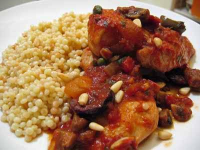 Chicken Puttanesca with Mushrooms