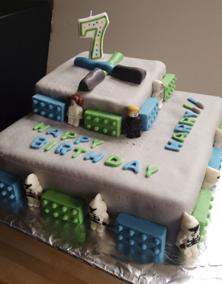 130901 fondant lego star wars cake